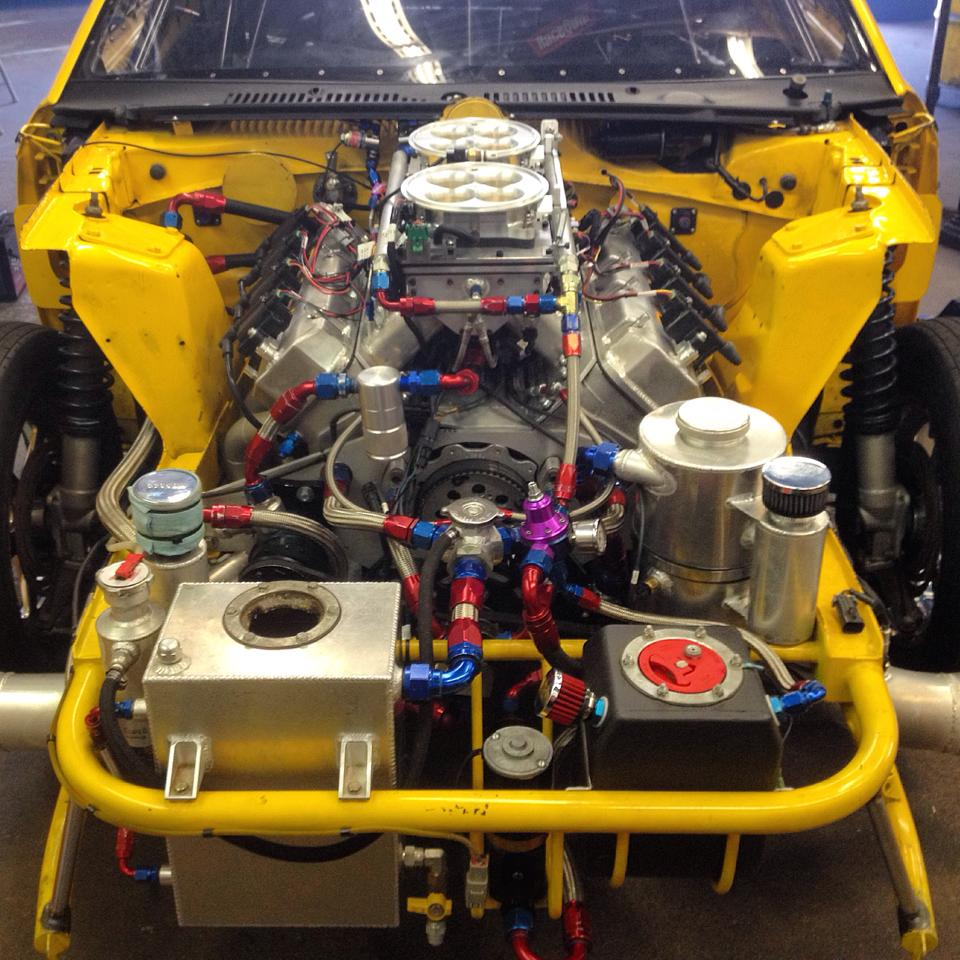 Small Block Chevy, Nitrous, Holley EFI